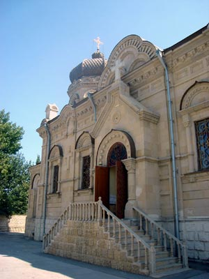 http://baku.eparhia.ru/www/imgs/church/300/cathedral_2007_10.jpg